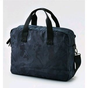 American Eagle Outfitters (AEO) Messenger Bag Gray